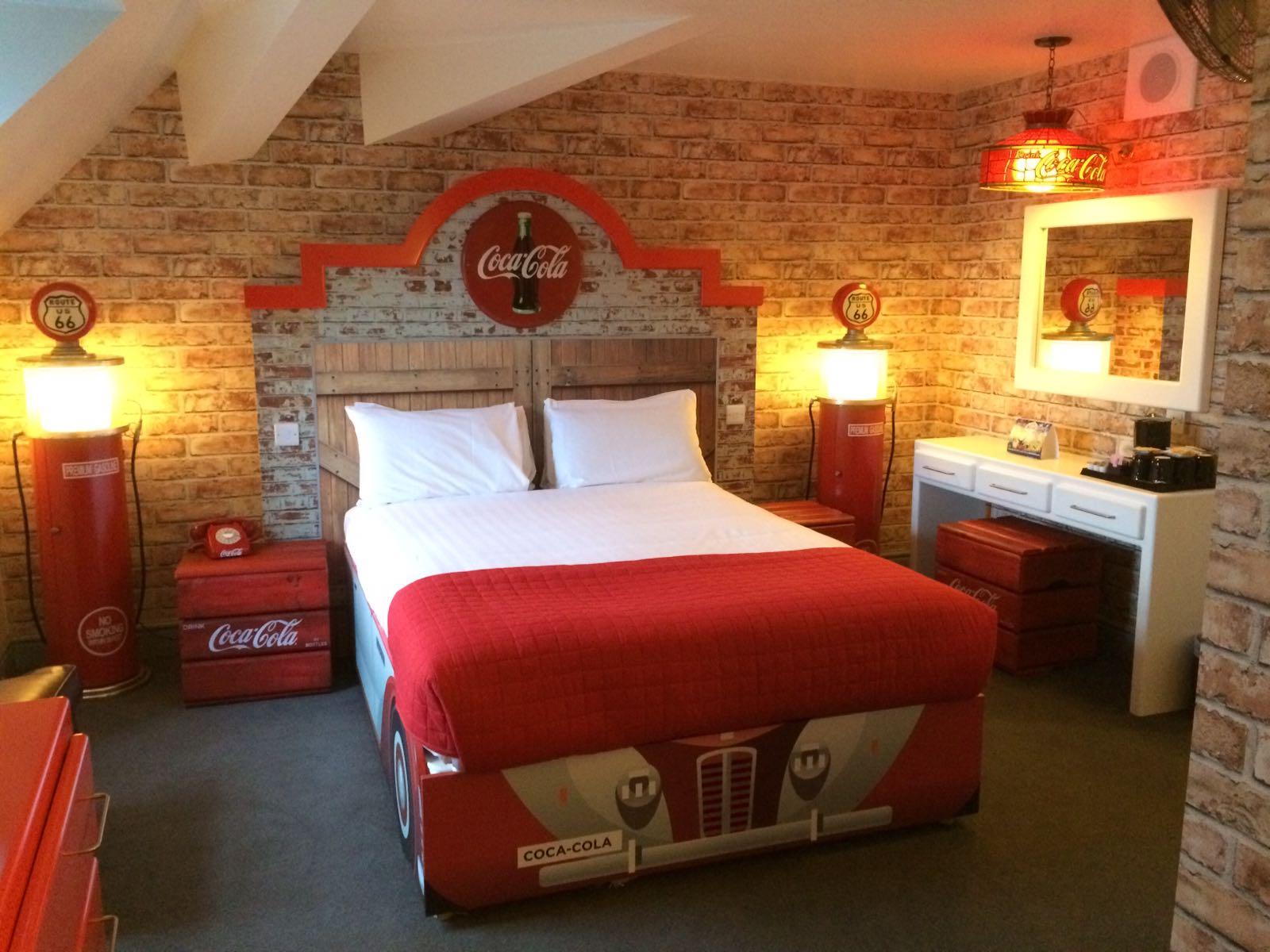 Positive Coca Cola Alton Towers Hotel